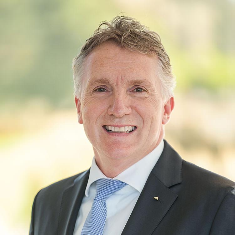 Dr. Olaf Hoppelshaeuser